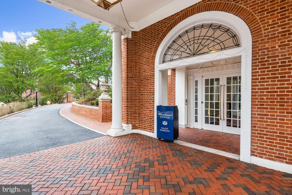 Valet Parking for Residents and Guests - 2660 CONNECTICUT AVE NW #3C, WASHINGTON