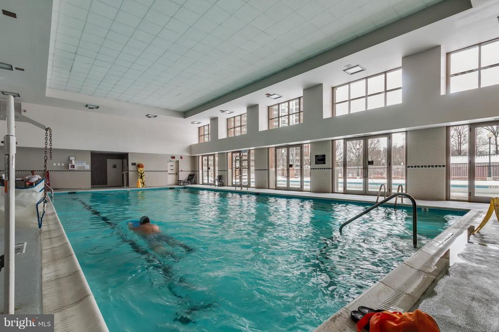 Indoor Pool-Available 24/7. - 5809 NICHOLSON LN #1011, NORTH BETHESDA