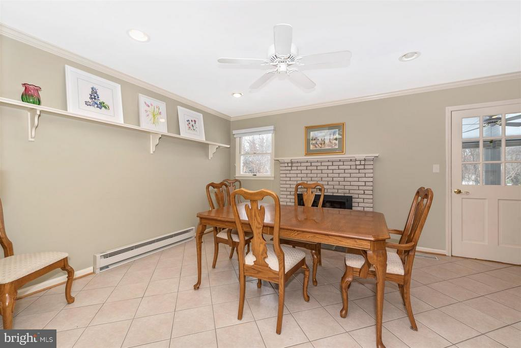 Dining Area with fireplace - 7911 OPOSSUMTOWN PIKE, FREDERICK