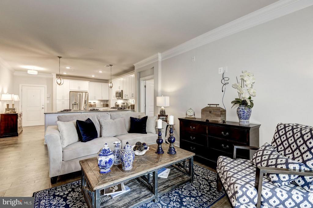 Faircourt Family Room - 21007 ROCKY KNOLL SQ #103, ASHBURN