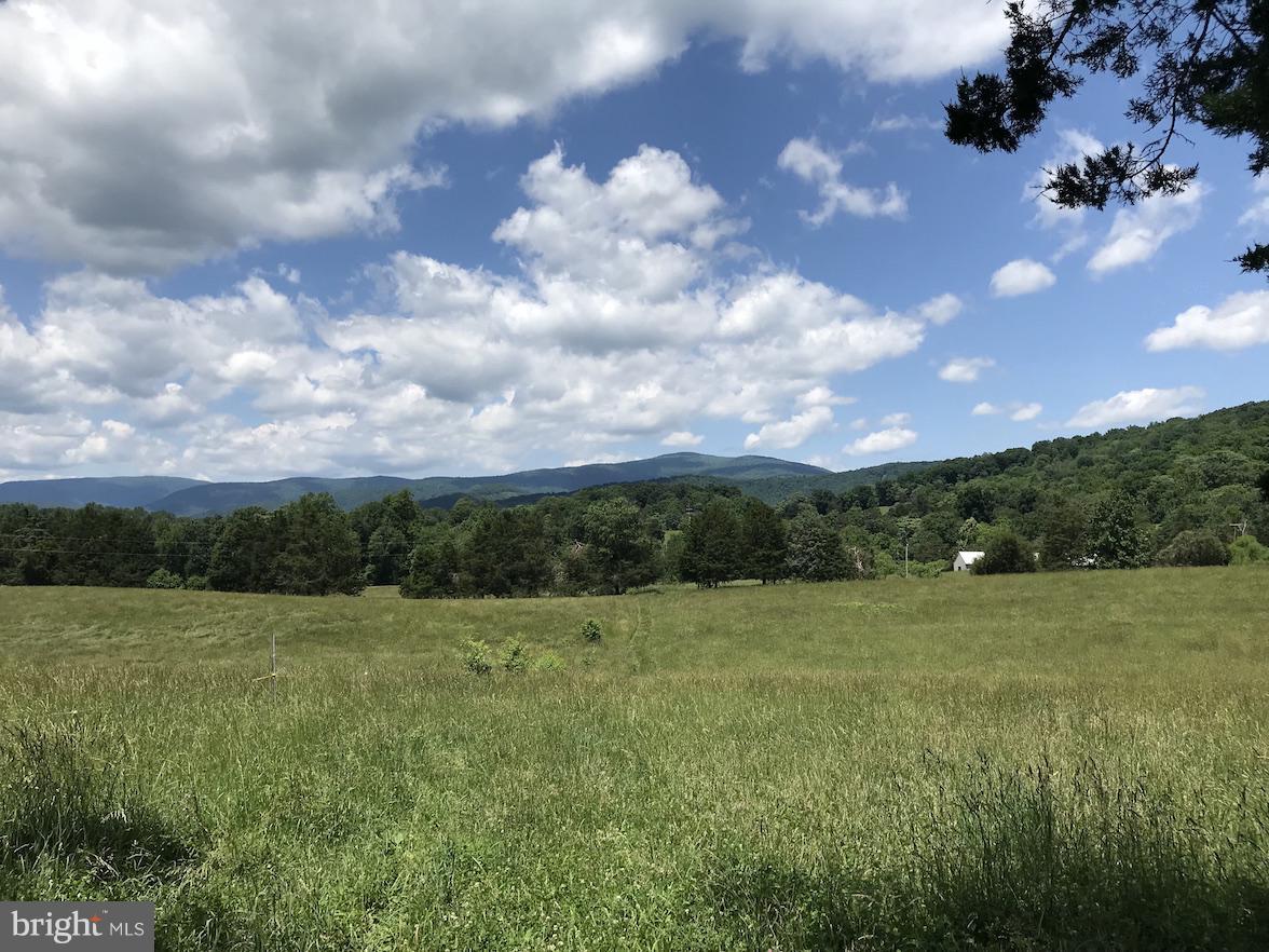 Single Family Homes للـ Sale في Stanardsville, Virginia 22973 United States