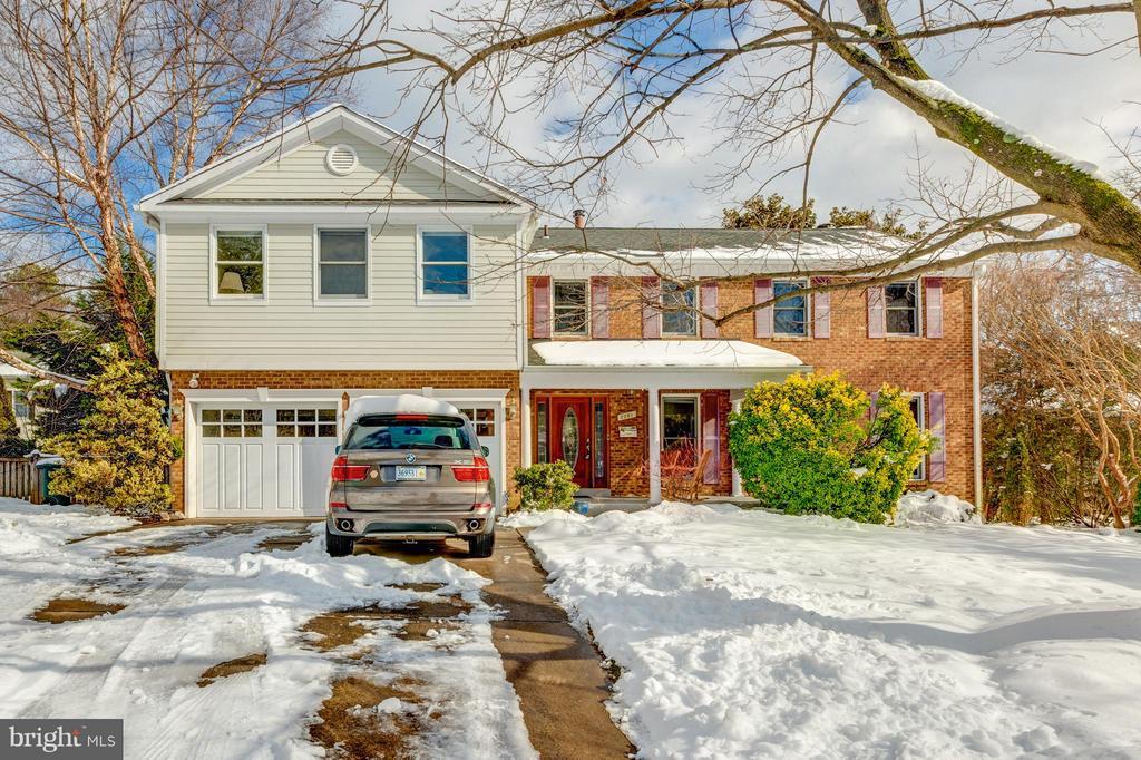 Arlington Homes for Sale -  Farm,  2301 N POWHATAN STREET