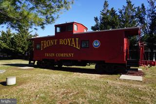 Front Royal has it's own caboose. - 3970 PANHANDLE RD, FRONT ROYAL