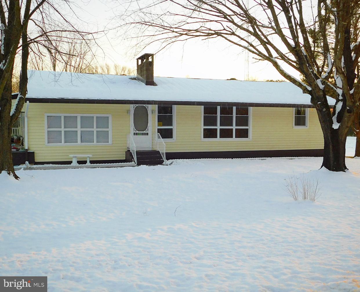 Maison unifamiliale pour l Vente à 77 LEESBURG BELLEPLAIN Road Leesburg, New Jersey 08327 États-UnisDans/Autour: Leesburg