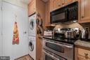 Updated Kitchen - 1530 KEY BLVD #324, ARLINGTON