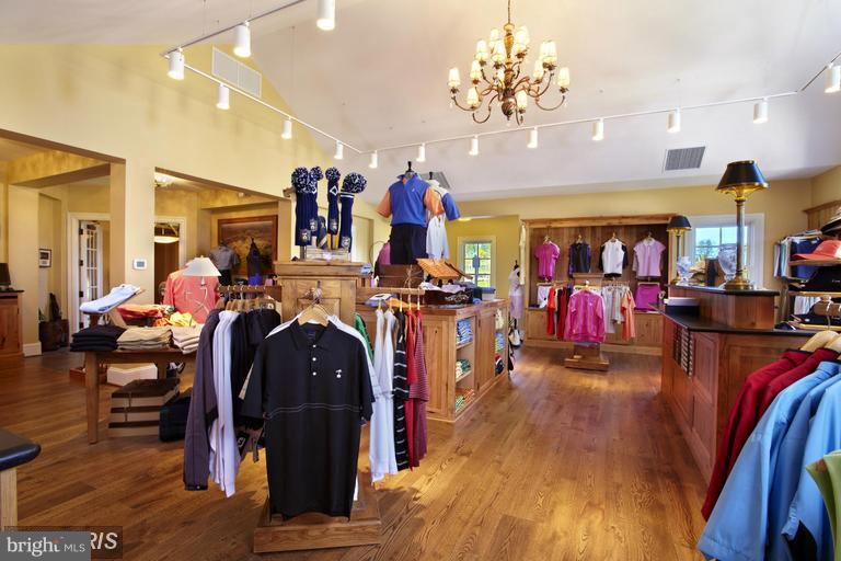 Golf Shop - 22469 CREIGHTON FARMS DR, LEESBURG