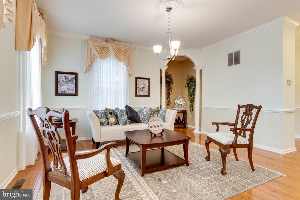Sitting Room - 8020 POHICK RD, SPRINGFIELD
