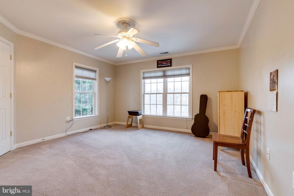 Second Level Bedroom - 8020 POHICK RD, SPRINGFIELD