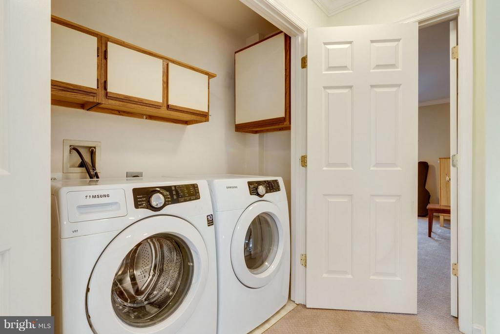 Laundry - 8020 POHICK RD, SPRINGFIELD