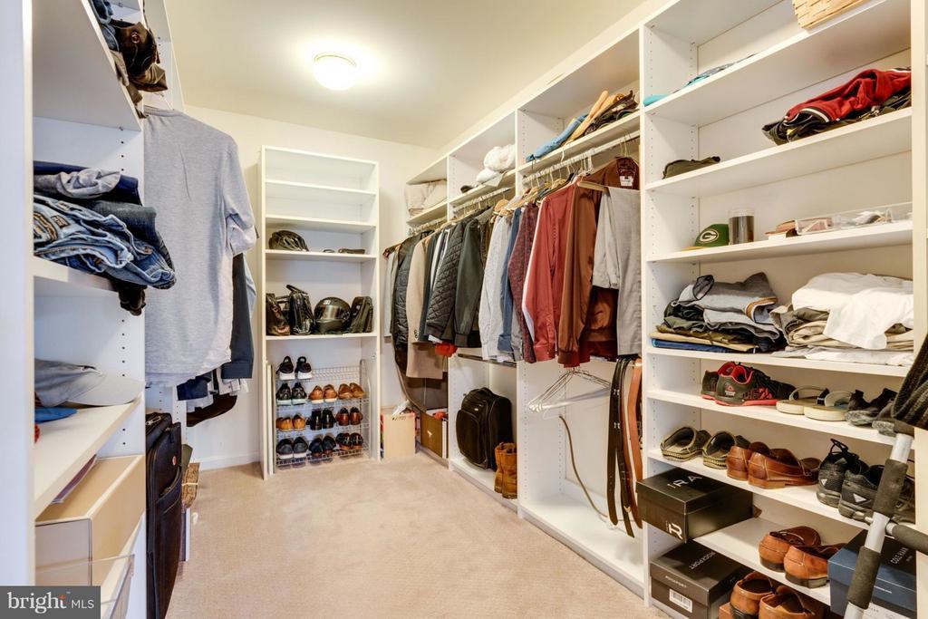 Master Walkin Closet - 8020 POHICK RD, SPRINGFIELD
