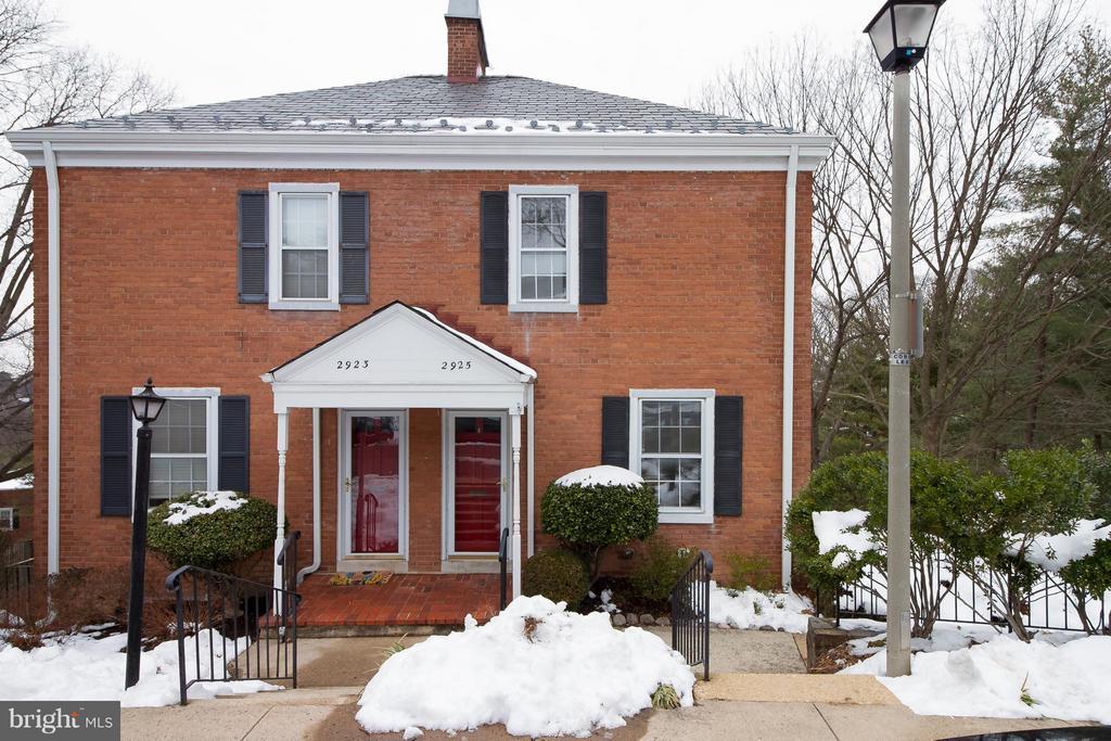 Arlington Homes for Sale -  Townhome,  2925  DINWIDDIE STREET S