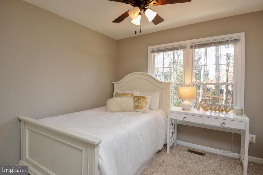 Lovely guest room! - 2 CHARLESTON CT, STAFFORD