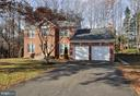 Situated on 1/2 acre in quiet neighborhood. - 2 CHARLESTON CT, STAFFORD
