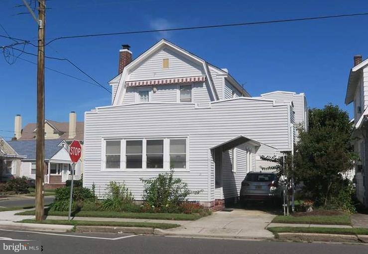Villa per Vendita alle ore 21 N MELBOURNE Avenue Ventnor City, New Jersey 08406 Stati UnitiIn/In giro: Ventnor City