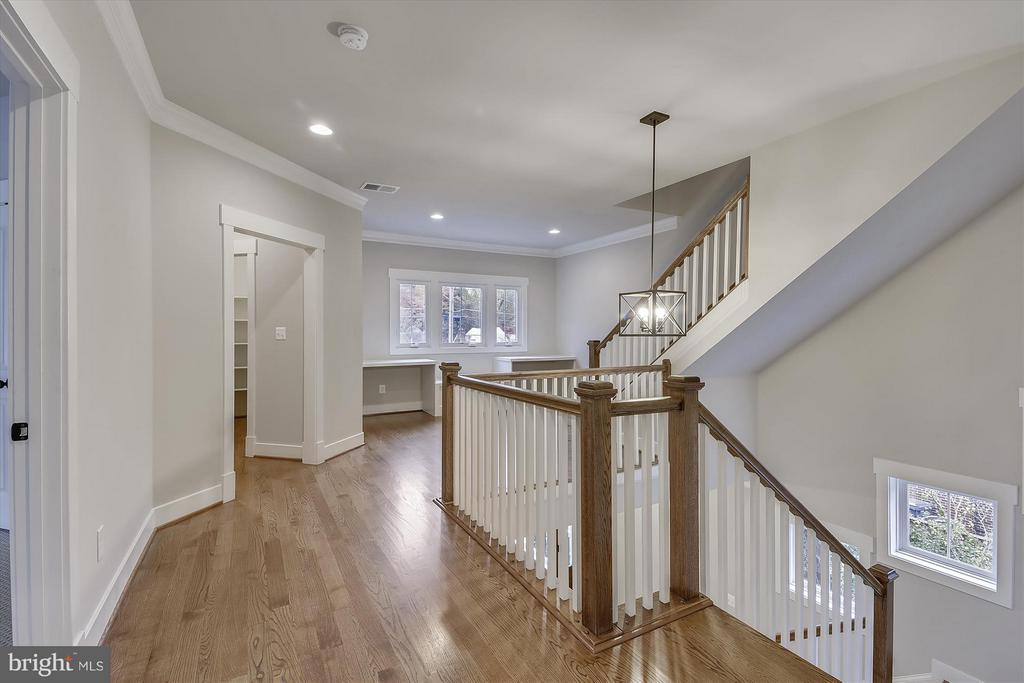 - 2117 GRAYSON PL, FALLS CHURCH