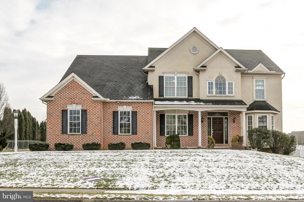 388  ECKER DRIVE, Manheim Township in LANCASTER County, PA 17543 Home for Sale