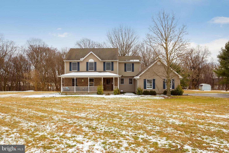Частный односемейный дом для того Продажа на 37 CASSANDRA Lane Swedesboro, Нью-Джерси 08085 Соединенные ШтатыВ/Около: Woolwich