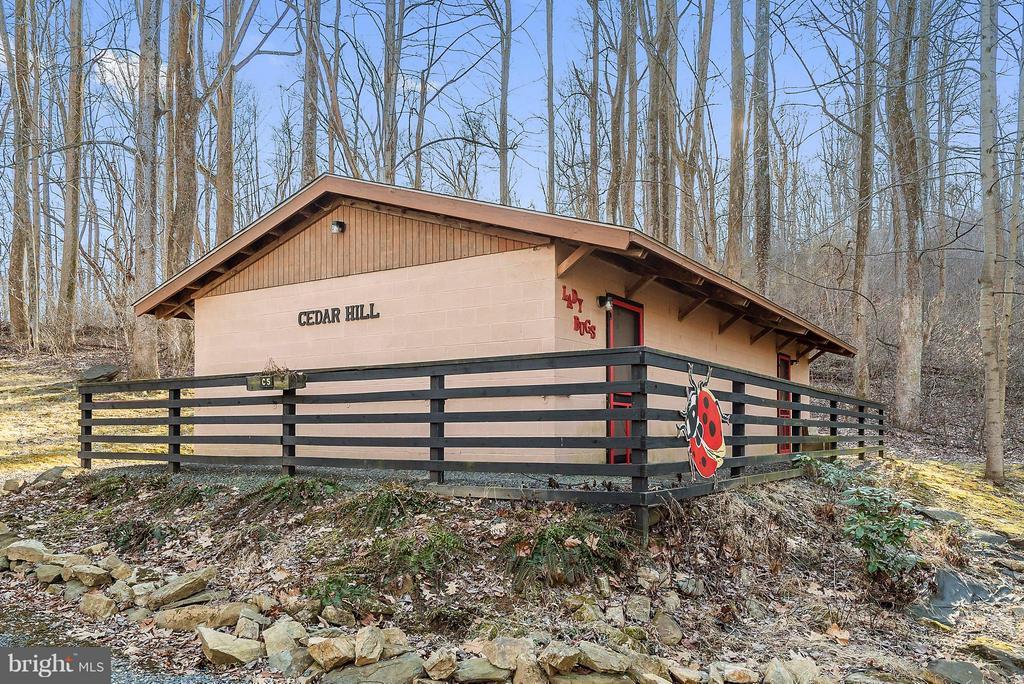 Bath House Cedar Hill Village - 12494 MOSS HOLLOW RD, MARKHAM