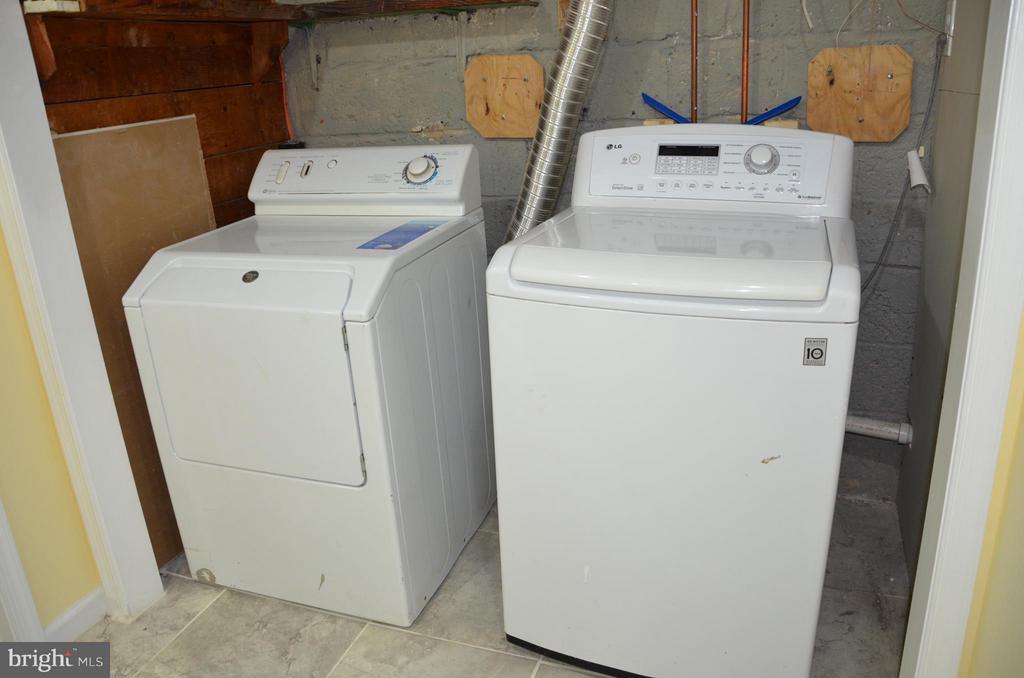 Laundry - 7546 NW 8TH ST NW, WASHINGTON
