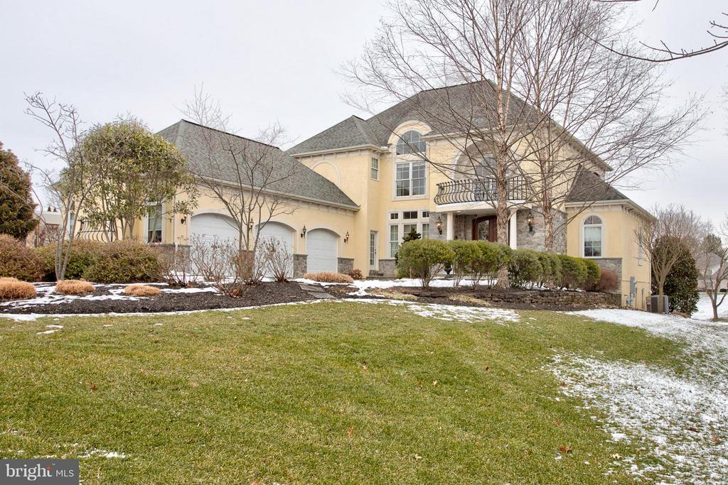 630  WILLOW GREEN, Manheim Township, Pennsylvania