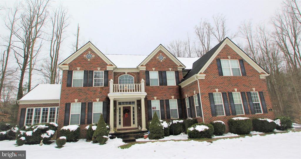 Beautiful Estate Home on Acreage - 91 MT HOPE CHURCH RD, STAFFORD