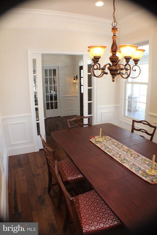 DINNING ROOM LOOKING TOWARD FOYER - 20970 STEPTOE HILL RD, MIDDLEBURG