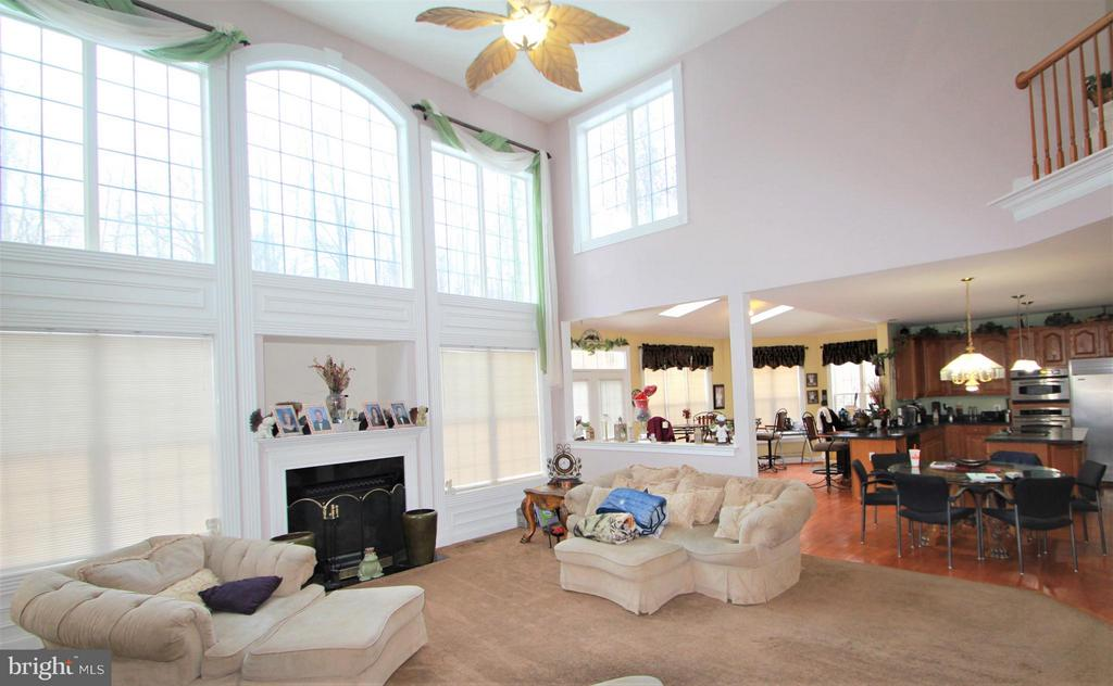 2 Story Family Room with Fireplace - 91 MT HOPE CHURCH RD, STAFFORD