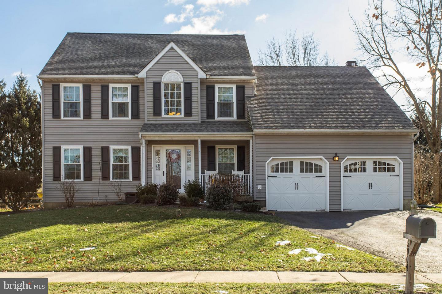 Photo of home for sale at 5004 Tomahawk Drive, Collegeville PA