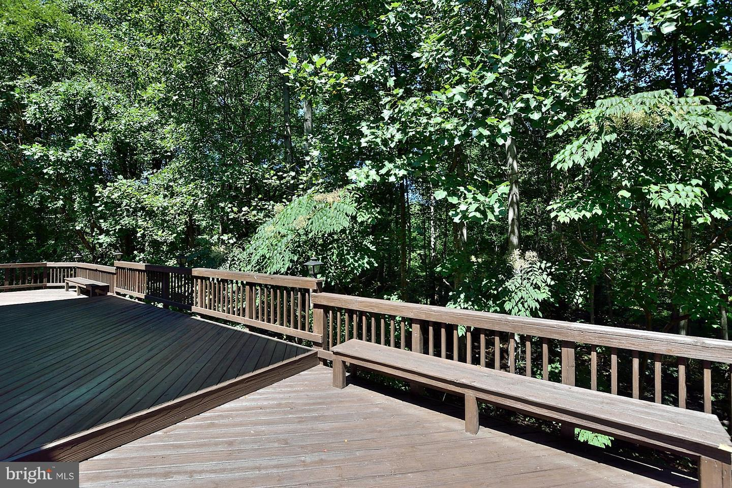 Additional photo for property listing at 10150 Akhtamar Drive 10150 Akhtamar Drive Great Falls, Virginia 22066 United States