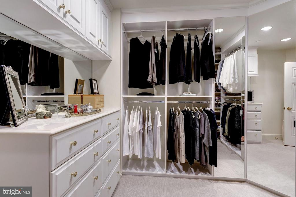 Master Bedroom Closet #2 - 5630 WISCONSIN AVE AVE #1403, CHEVY CHASE