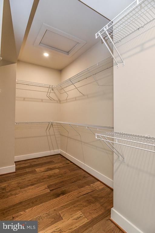 Walk-in Closet in Master BR - 6103 OLIVET DR, ALEXANDRIA