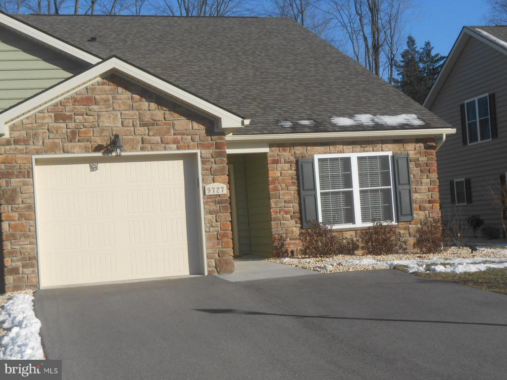 Stone  front - 9727 COBBLE STONE CT, HAGERSTOWN
