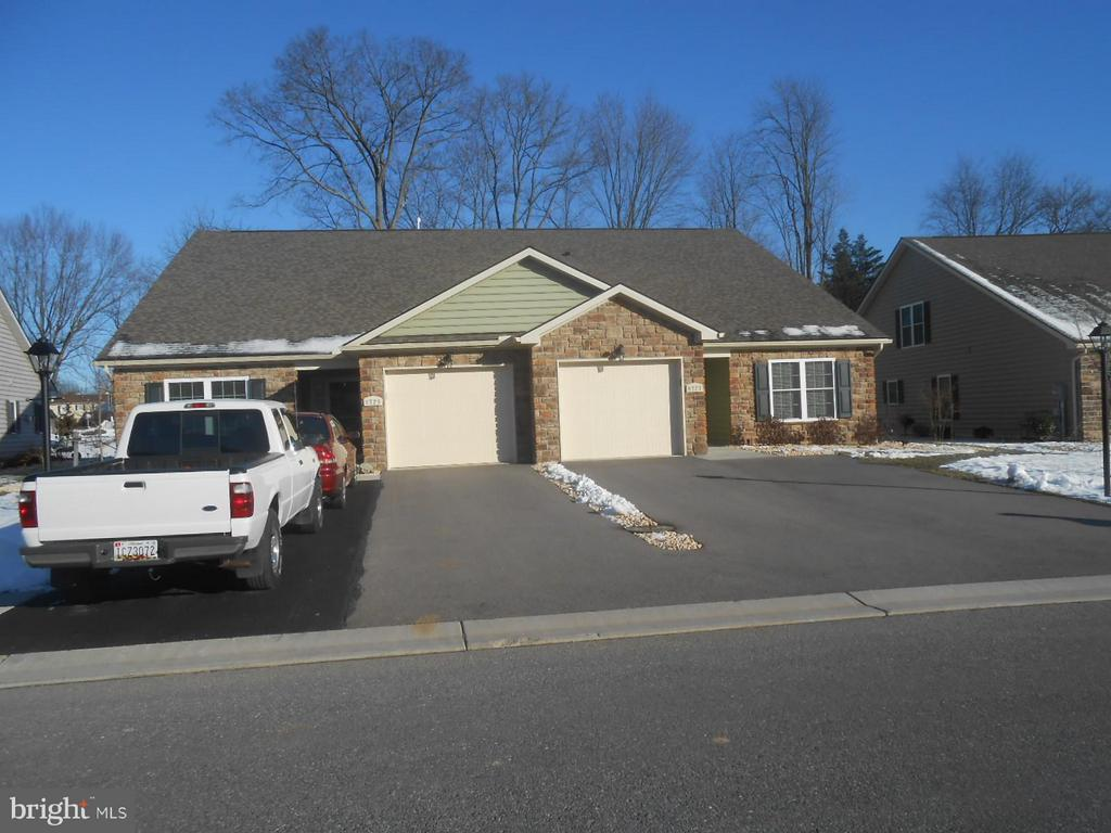 duplex - ranch in 55+ community of 72 homes - 9727 COBBLE STONE CT, HAGERSTOWN