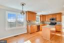 Large Kitchen w/ Breakfast room - 39877 THOMAS MILL RD, LEESBURG