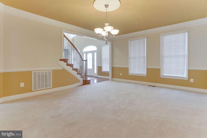 Formal dining room has enough room everyone - 8510 KITTAMA DR, CLINTON