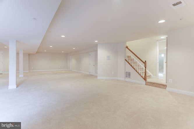 Fully finished basement - 8510 KITTAMA DR, CLINTON