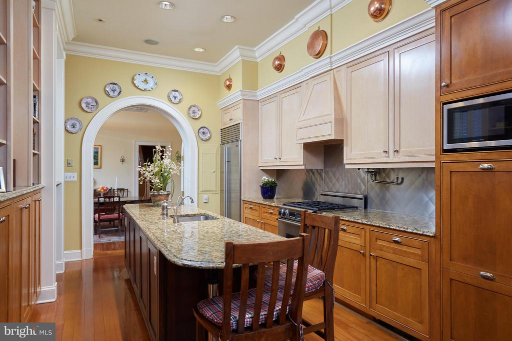 Center Island kitch open to Dining Rroom - 2019 Q ST NW, WASHINGTON