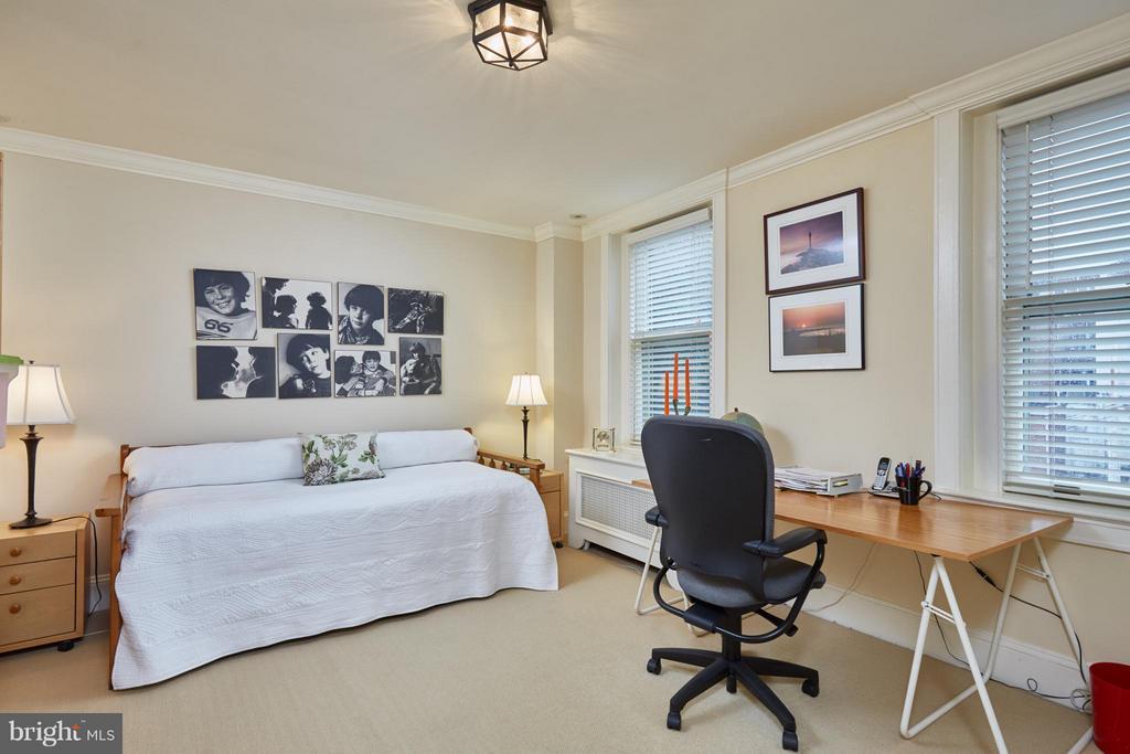 Guest Bedroom - 2019 Q ST NW, WASHINGTON