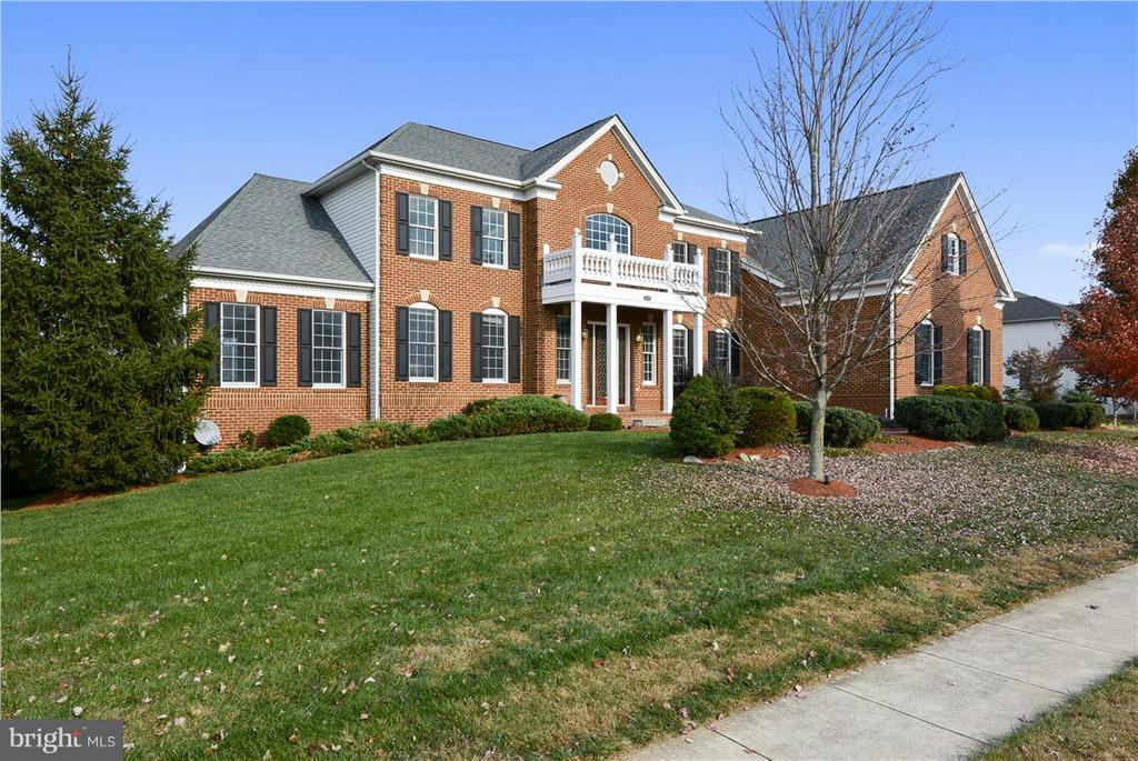 43096  UNISON KNOLL CIRCLE, Ashburn, Virginia 6 Bedroom as one of Homes & Land Real Estate