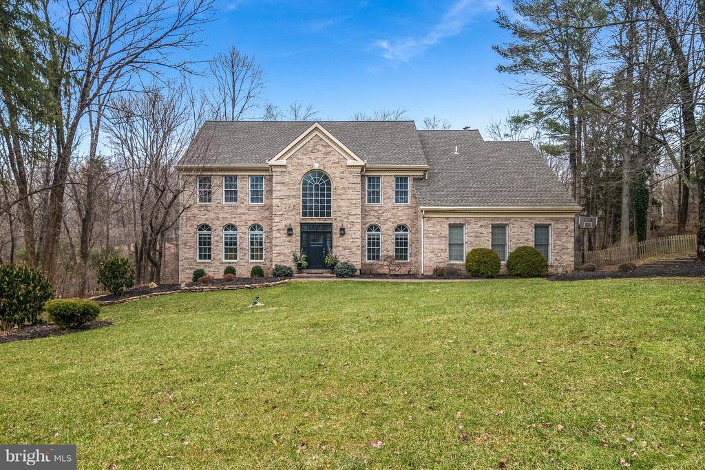 7 KINGSWOOD DR, New Hope PA 18938