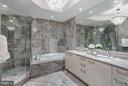 Mater bathroom - 1881 N NASH ST #704, ARLINGTON