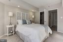 Spacious Bedroom - Bed Can Fit on 3 Diff. Walls! - 1001 N RANDOLPH ST #106, ARLINGTON
