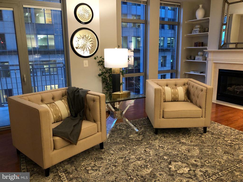 Plenty of lights & views - 11990 MARKET ST #405, RESTON