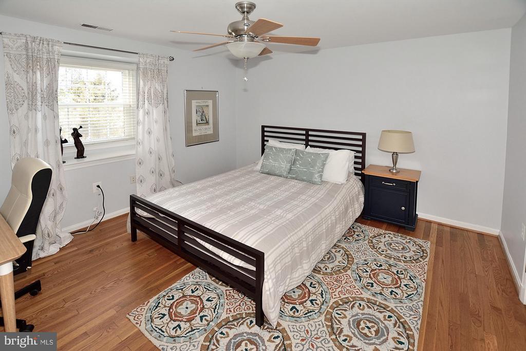 3RD BEDROOM - 1121 CLINCH RD, HERNDON