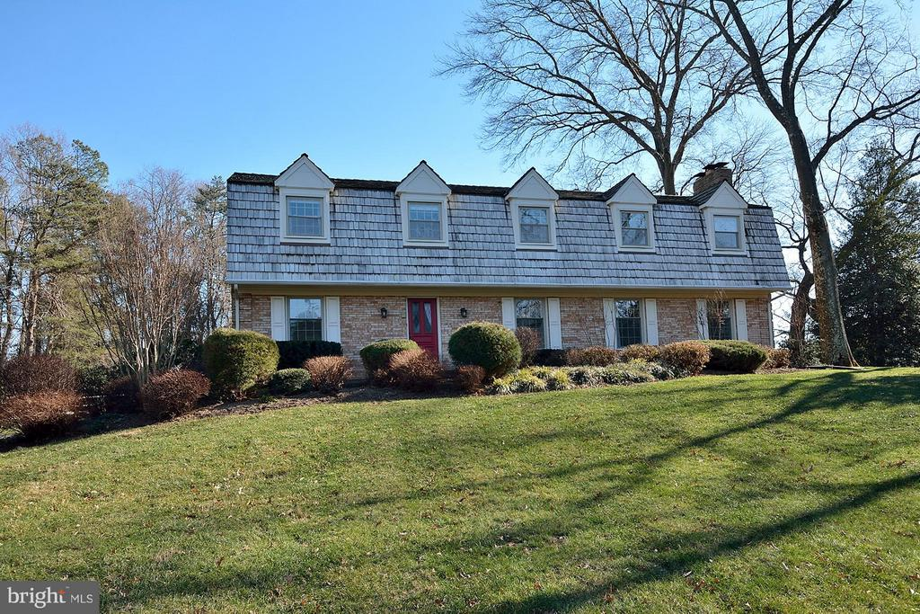 FRONT - 1121 CLINCH RD, HERNDON