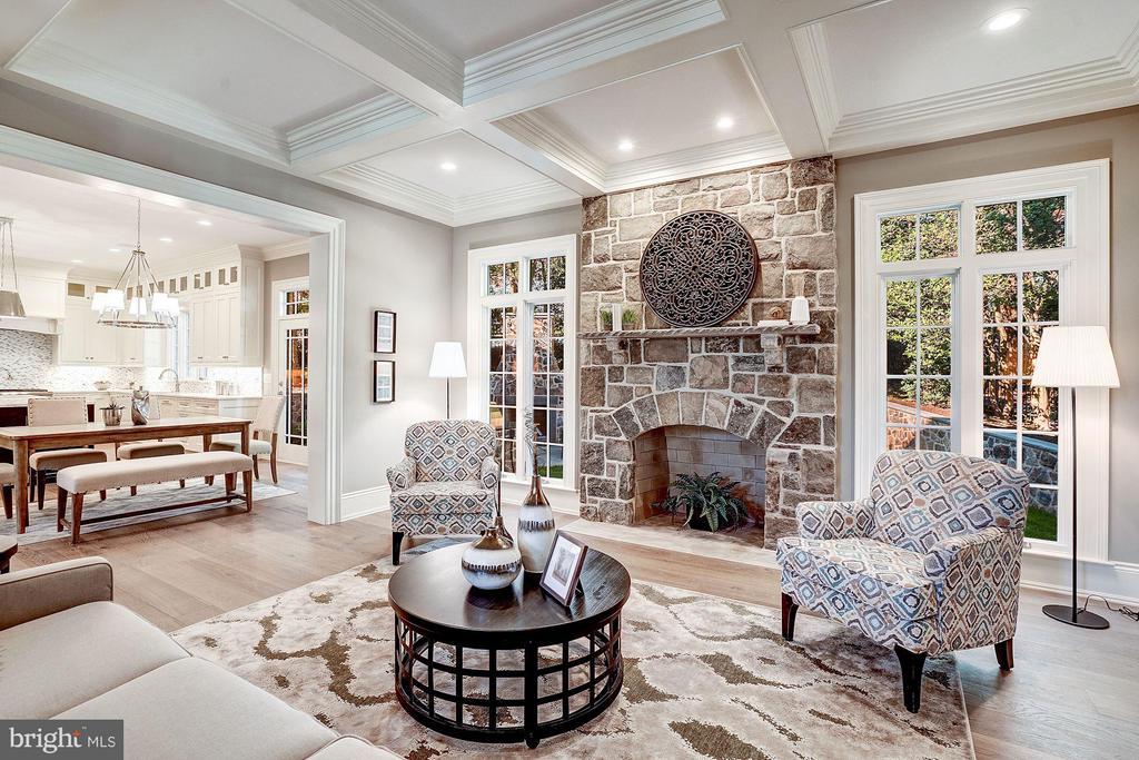 Cozy Family Room with Masonry Fireplace - 3200 N ABINGDON ST, ARLINGTON