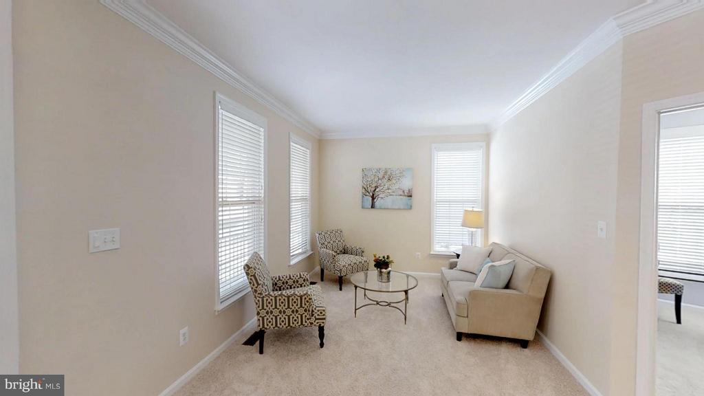 Formal Living Room - 43205 EDGARTOWN ST, CHANTILLY