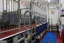 12 Stanchion Milking Parlor automatic feeders - 16120 BARNESVILLE RD, BOYDS