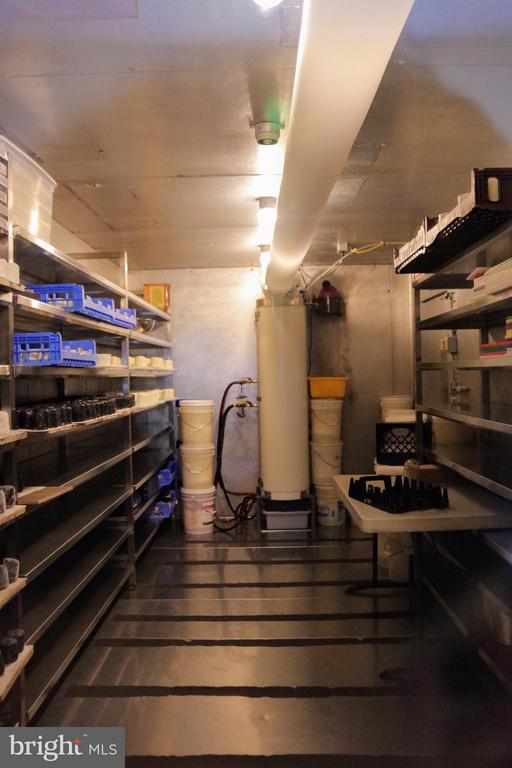 Cheese ripening room