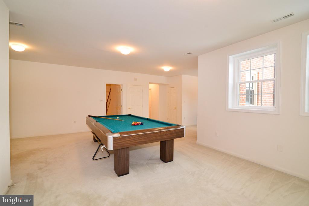 Game Room - 14405 VIRGINIA CHASE CT, CENTREVILLE